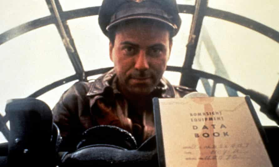Alan Arkin as Yossarian in the 1970 film of Catch-22.