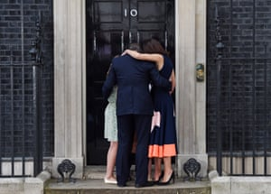 Britain's Prime Minister Cameron leaves No. 10 Downing Street