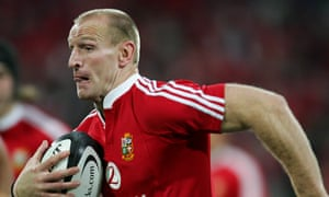 Gareth Thomas playing against the All Blacks for the Lions in 2005