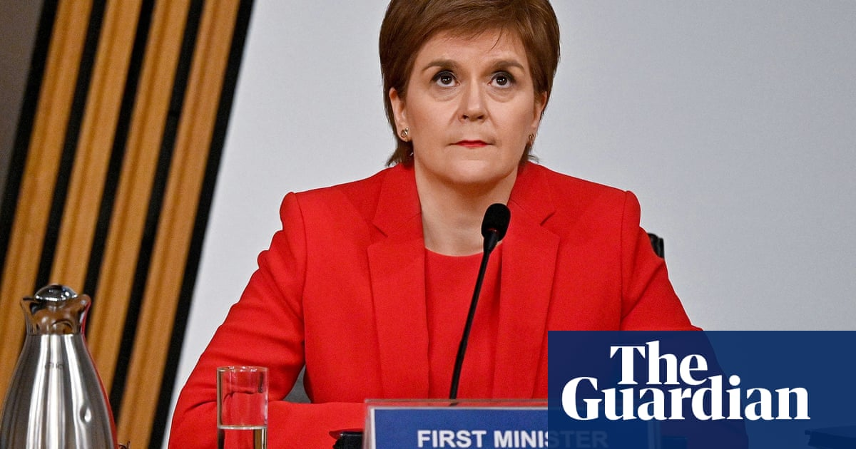 Salmond inquiry having 'chilling effect' on women, say experts