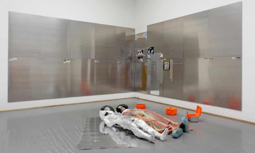'Pathetic astronaut mannequins' … Isa Genzken's Oil XV and Oil XVI.