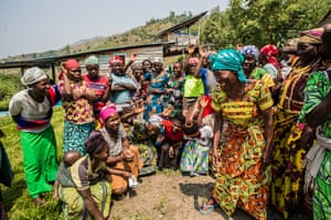 Budza talks to the women about reproductive health and wellbeing