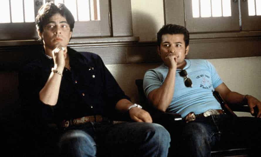 Benicio Del Toro and Jacob Vargas.