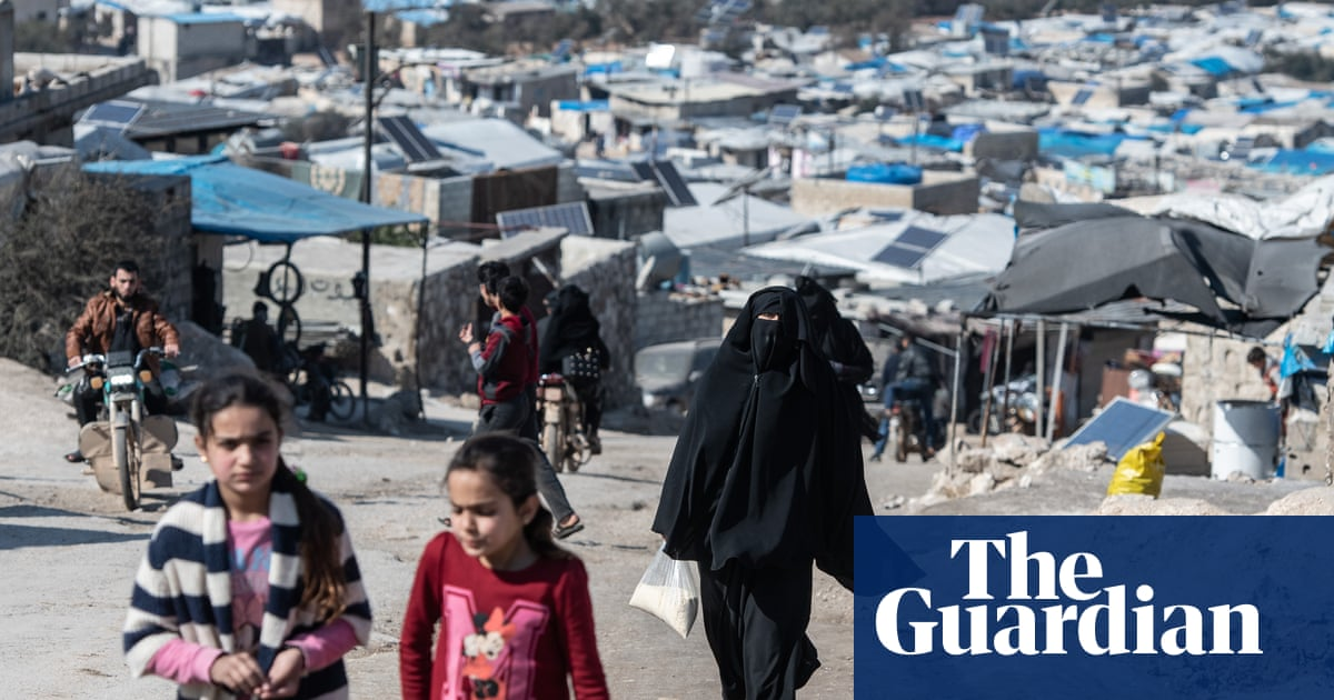 'We have nothing left': displaced Syrians wait out war in Idlib