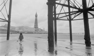 Holidaymakers on Blackpool beach during a British summer, 3 August 1982