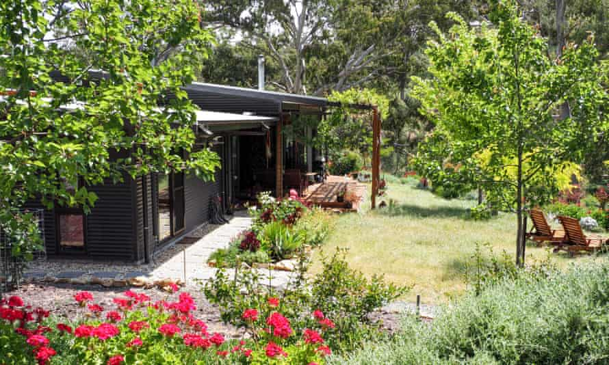 Kathy Menzel's energy efficient off-grid home in the Adelaide Hills