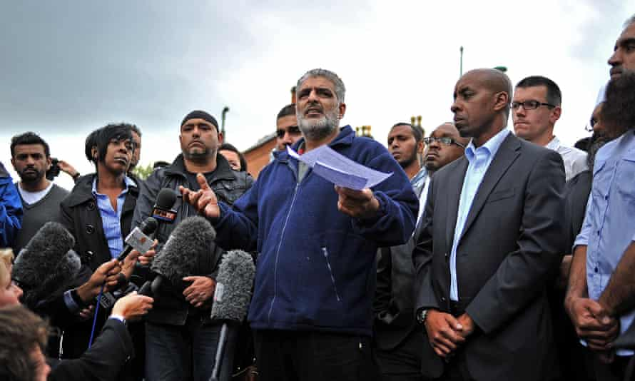 Tarmiq Jahan, father of Haroon Jahan, gives a statement near where Haroon and two other men were hit by a car and killed in Birmingham on 10 August 2011.