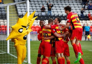 Patrick Thistle score against Kilmarnock and club mascot Kingsley joins the celebrations.