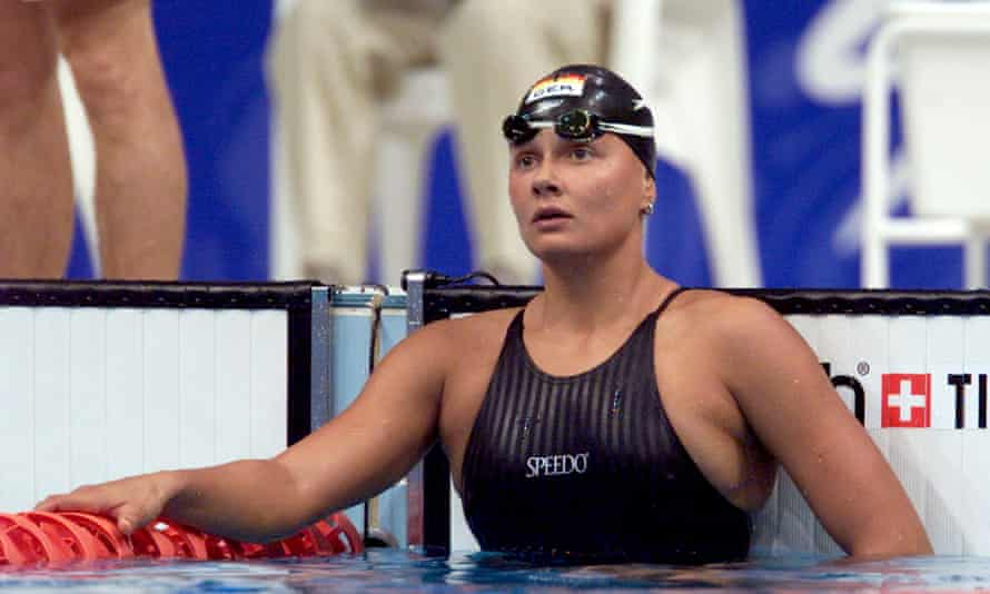 Olympic swimmer Franziska van Almsick has narrowly missed out on gold.