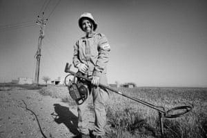 Sharabun Aziz, a Mag deminer