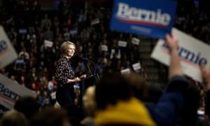 Cynthia Nixon a fait campagne pour Bernie Sanders lors de la primaire démocrate de cette année.