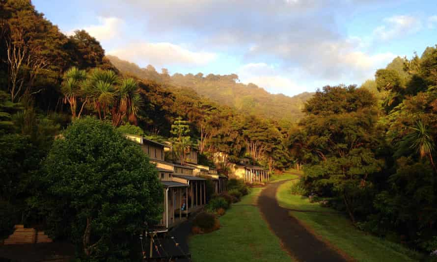 The grounds of the mediation retreat near Auckland.