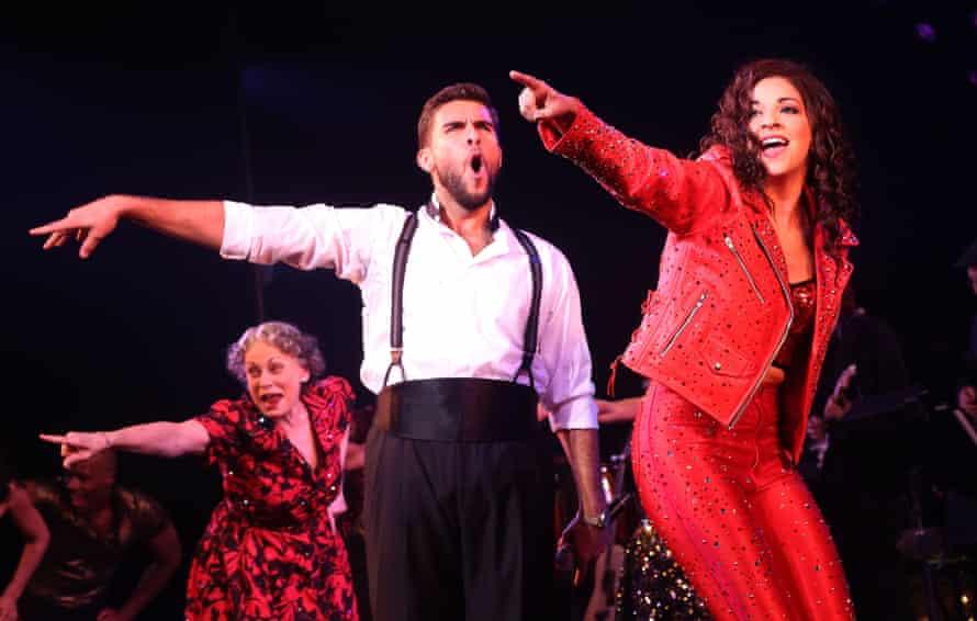 Josh Segarra as Emilio Estefan and Ana Villafane as Gloria Estefan in On Your Feet.
