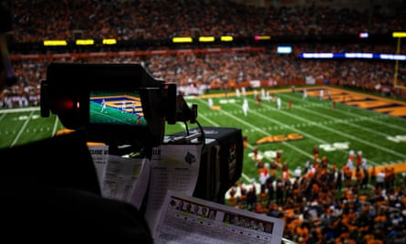 Syracuse Orange v the Louisville Cardinals at the Carrier Dome
