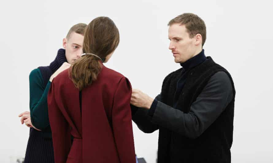 Dion Lee (right) puts finishing touches on model, ahead of his Fall/Winter 2016 show at New York Fashion Week.