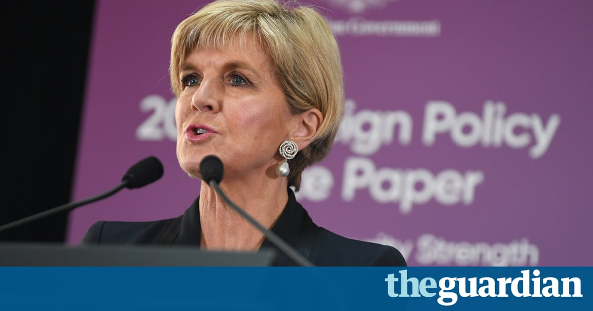 Julie Bishop dismisses Chinese criticism of Australia's foreign policy white paper