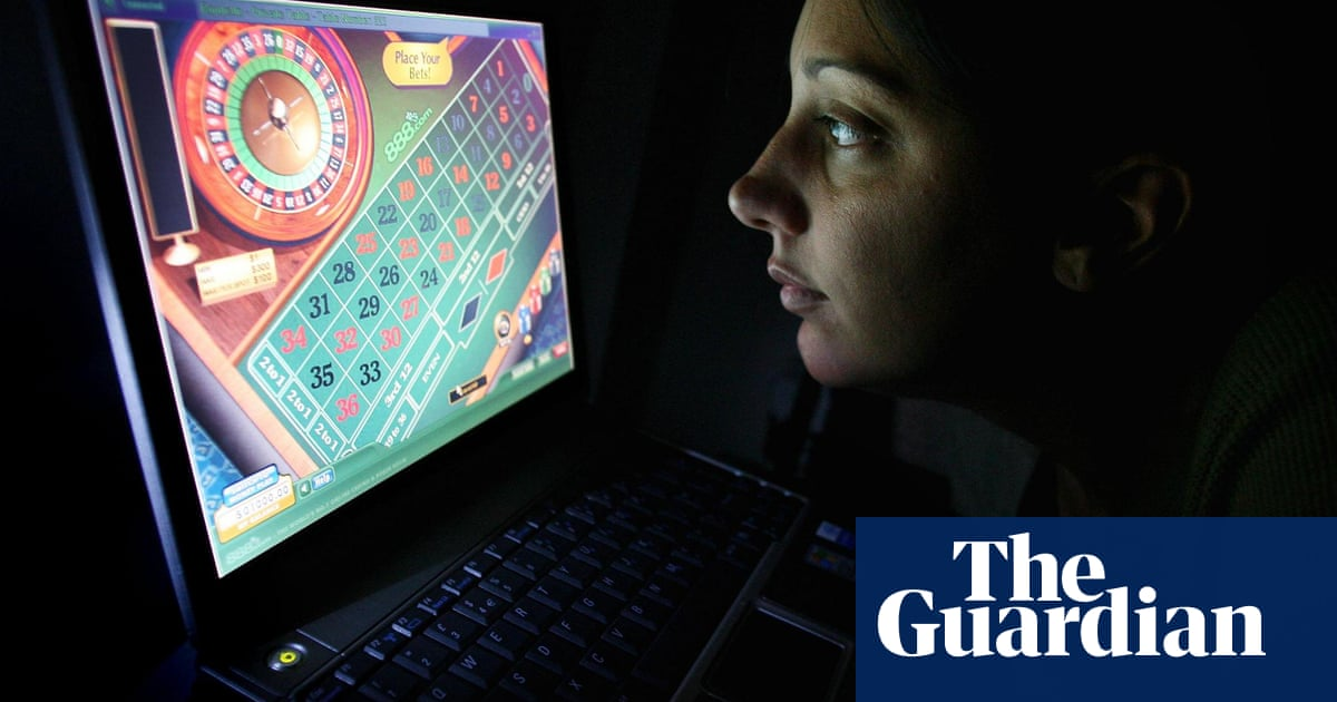 Majority of public support total ban on UK gambling adverts, poll finds