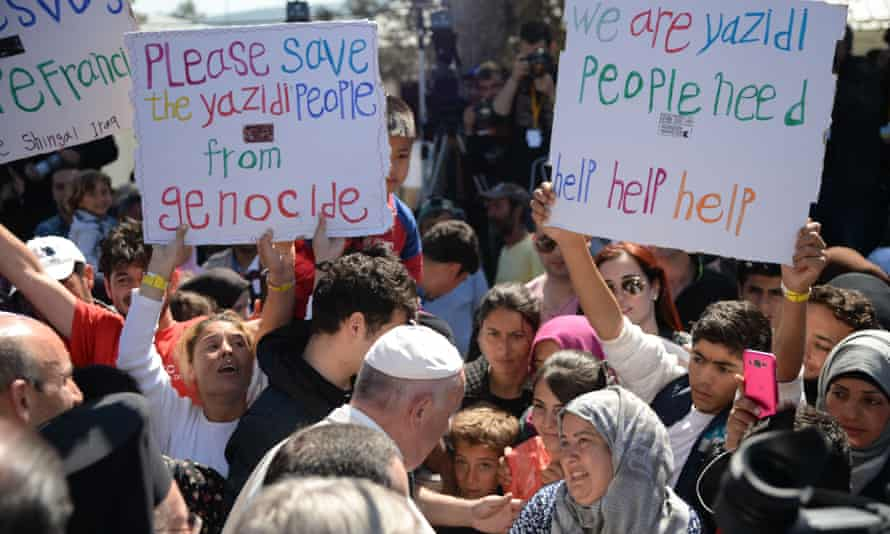 Pope Francis meeting refugees on Lesbos