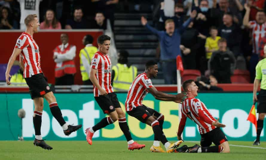 Sergi Canós celebrates after scoring the first goal for Brentford.