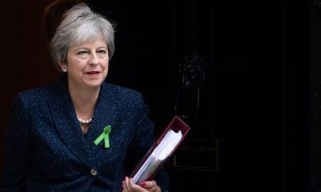 Tories take four-point lead over Labour despite Brexit troubles