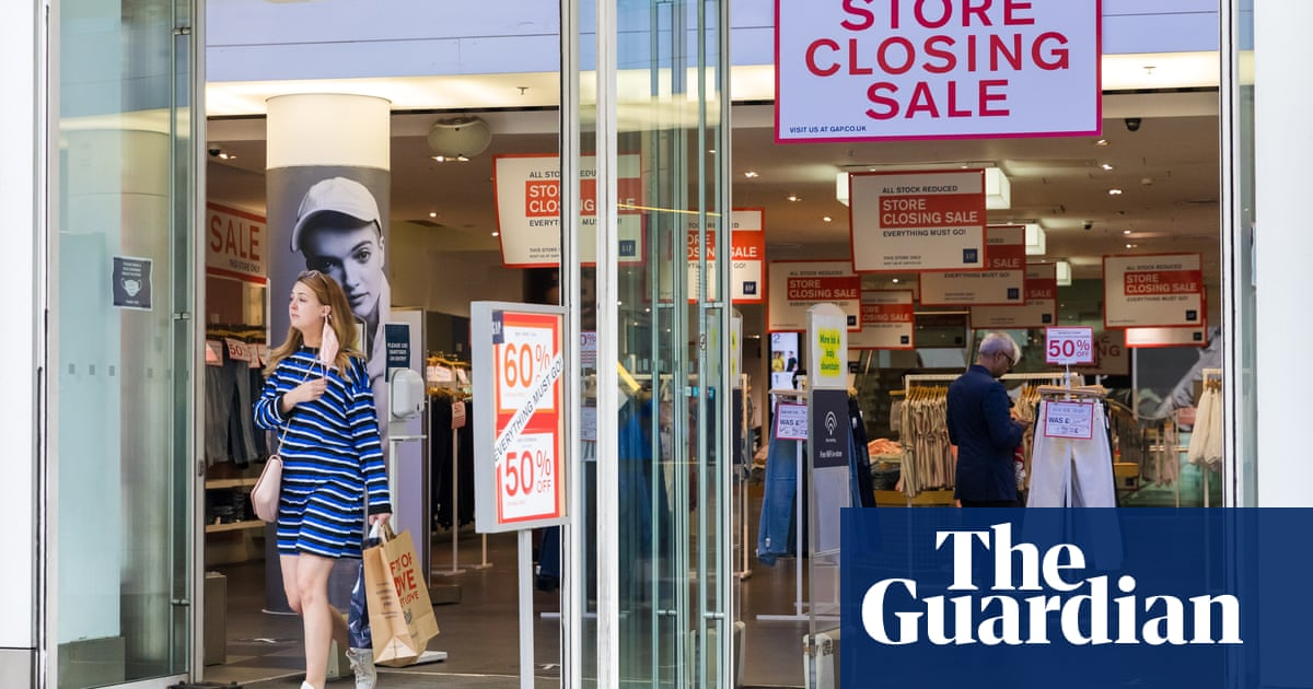 More high street stores close as retail recovery stutters