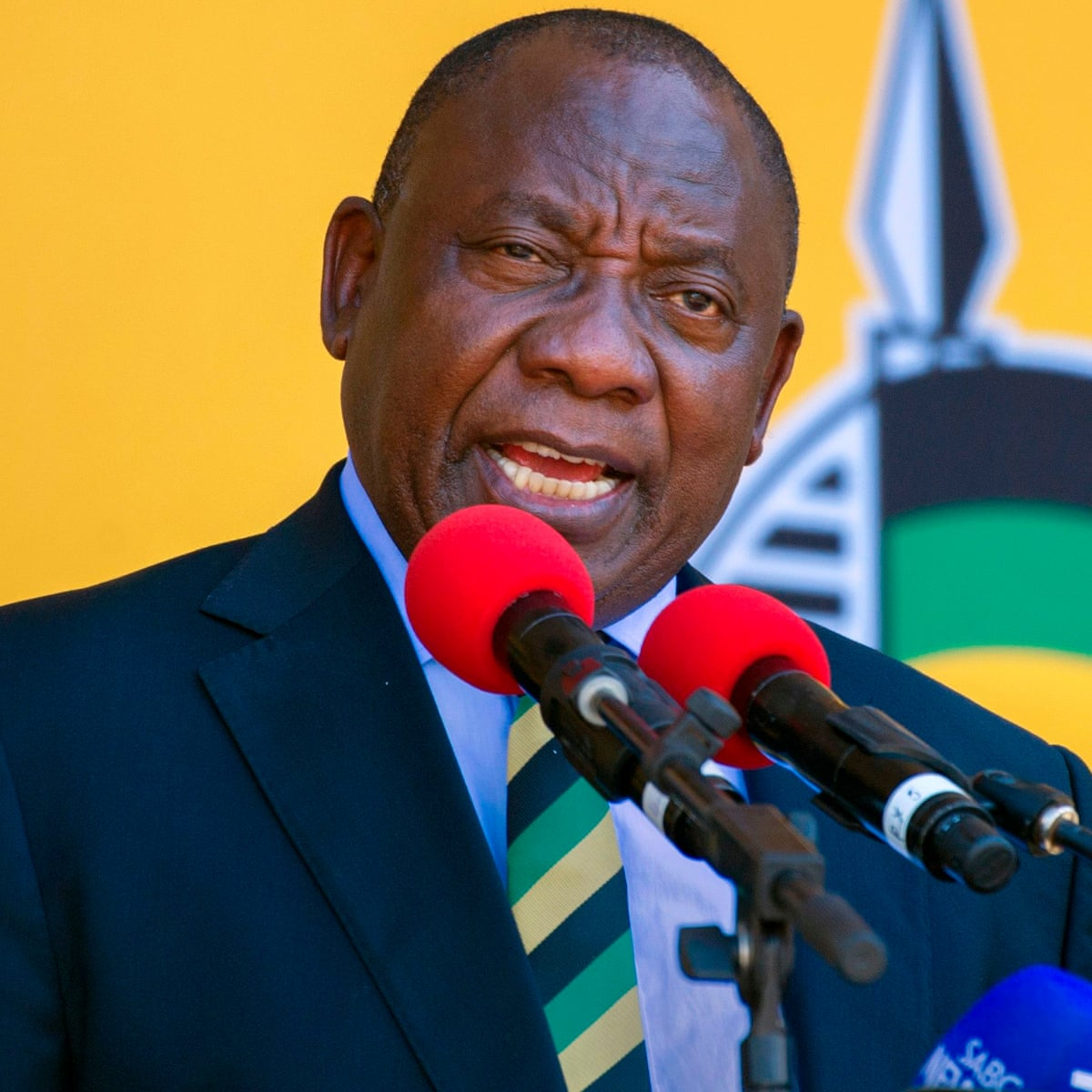 Who Is Cyril Ramaphosa South Africa S New Leader Faces Huge Challenges Cyril Ramaphosa The Guardian