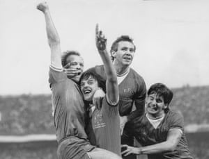 Everton's Andy Gray celebrates the opening goal with Graeme Sharp, Peter Reid and Paul Bracewell.