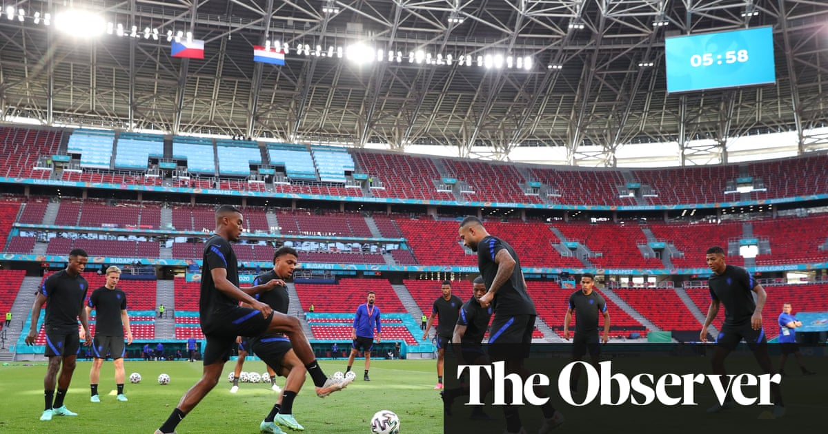 Netherlands grow in confidence as they settle into De Boer's new shape