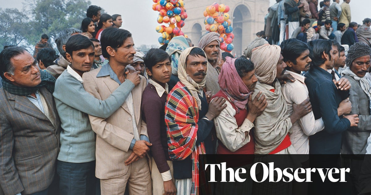 The big picture: standing out from the crowd in New Delhi, 1984
