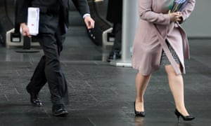 Gender pay gap: hundreds of companies file reports on final