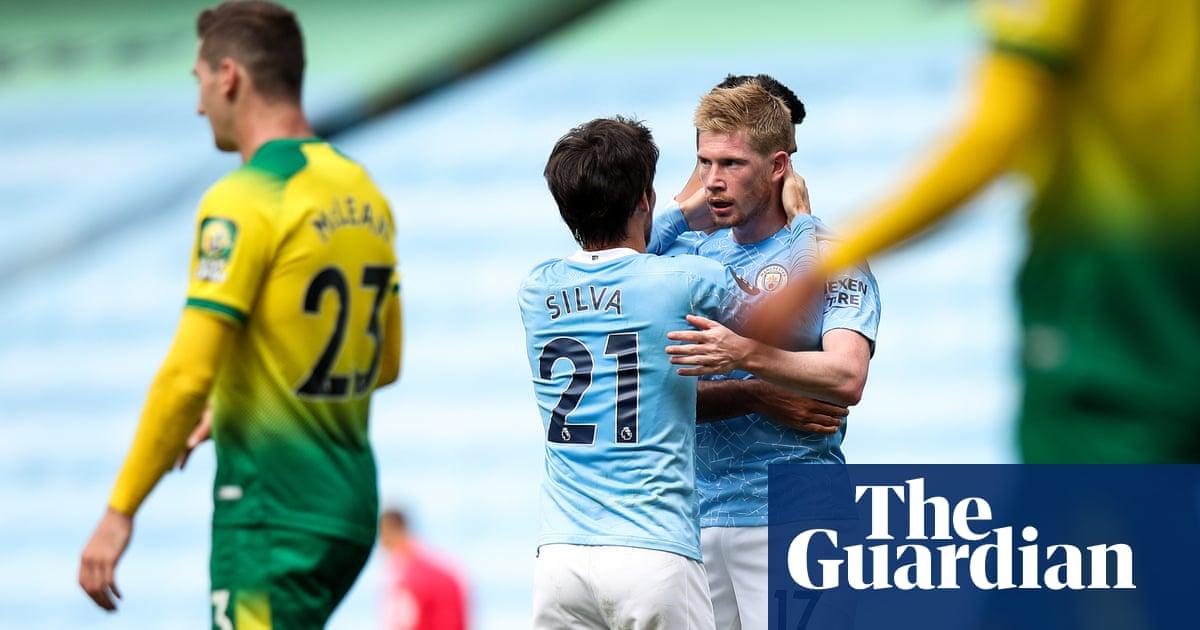 Manchester City mark David Silvas swansong with thrashing of Norwich