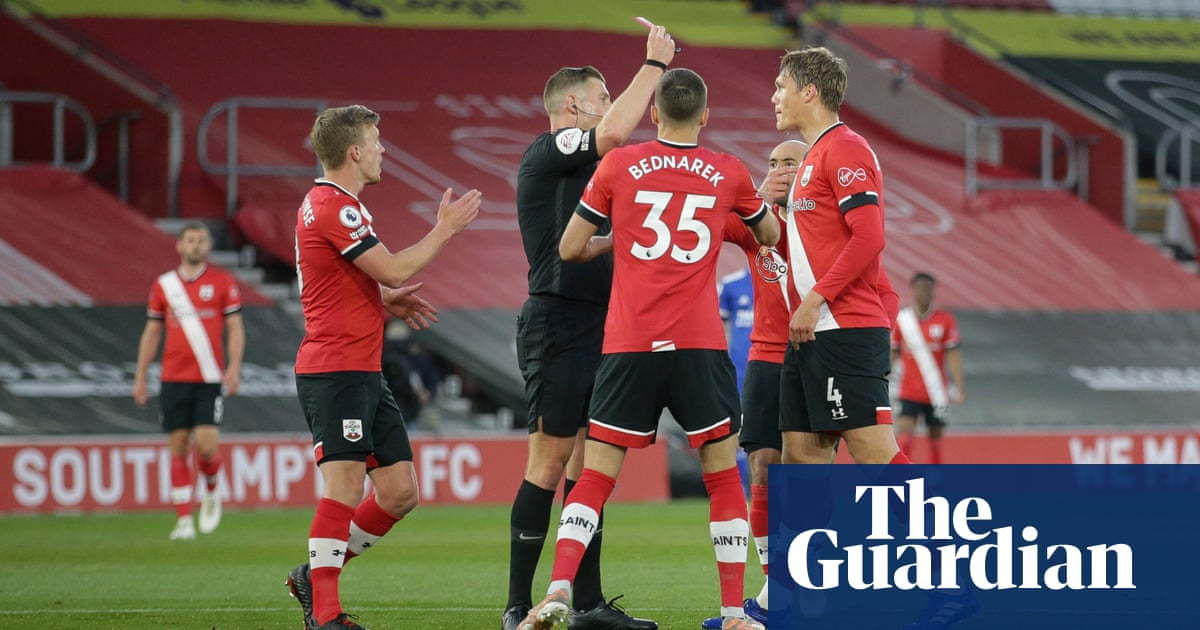 Southampton hold Leicester after Jannik Vestergaard sees red