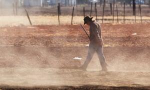 a farm worker in Lamont, California in 2009.
