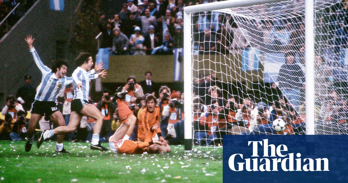 543da87157c0 The political message hidden on the goalposts at the 1978 World Cup ...