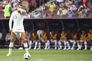 Ronaldo prepares to shoot the free-kick.