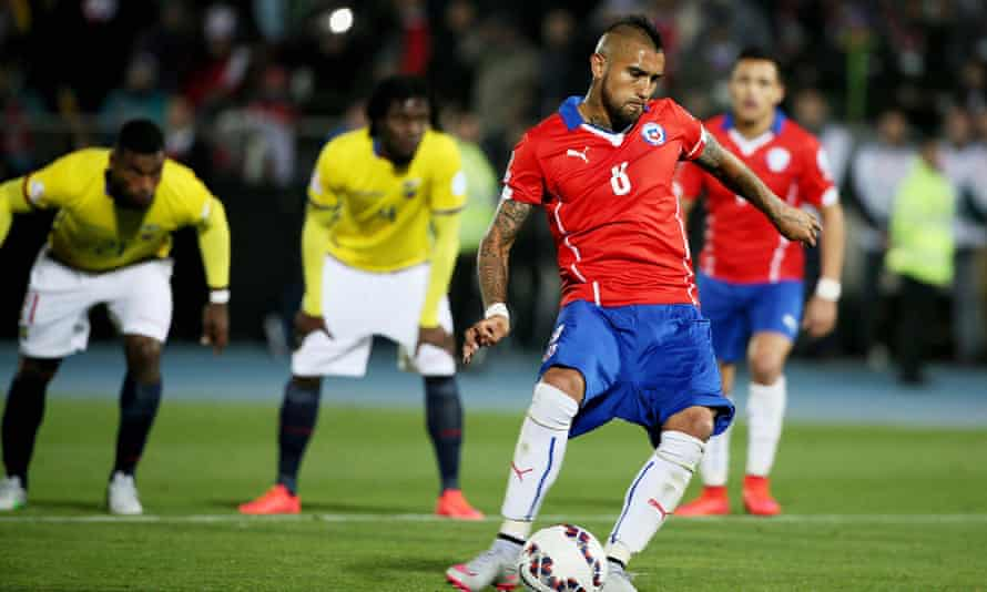 Ecuador watch as Arturo Vidal scores from the spot in last year's tournament