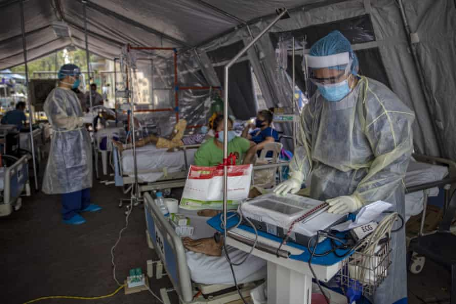 Medical personnel in protective clothing