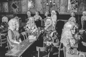 Contestants in a Dolly Parton lookalike competition in Phoenix, 1979.