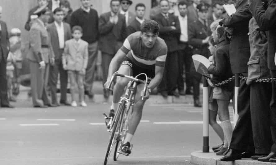 Raymond Poulidor in action at the international time trial in Lugano, Switzerland, in 1961.