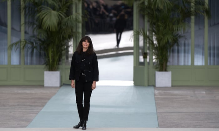 Viard S First Show As Lagerfeld Successor Marks New Era For Chanel Fashion The Guardian,Beginner Graphic Designer Resume Pdf