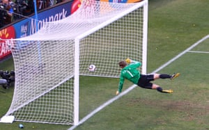 Frank Lampard's shot beats Manuel Neuer and bounces over the line against Germany but no goal is given.