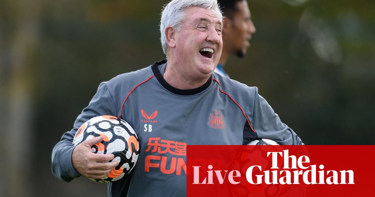 Newcastle give Bruce backing for 1,000th game: football countdown – live!