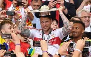 Daniel Ginczek celebrates winning the German second division.
