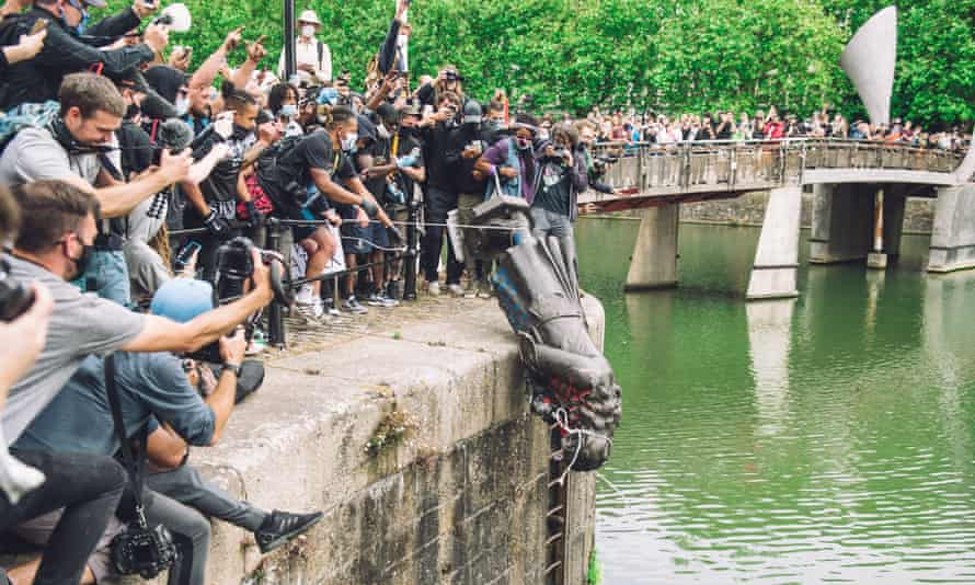 The statue of slave trader Edward Colston being pushed into the river Avon, 7 June 2020.