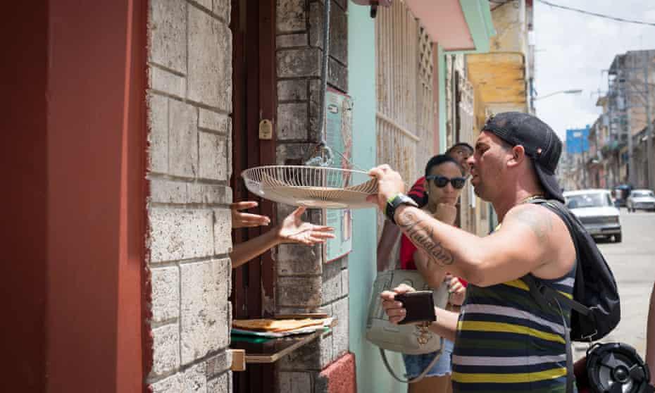 A Mi Manera pizzeria, Cuba