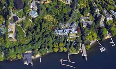 Aerial view of Jeff Bezos's mansion on Lake Washington.