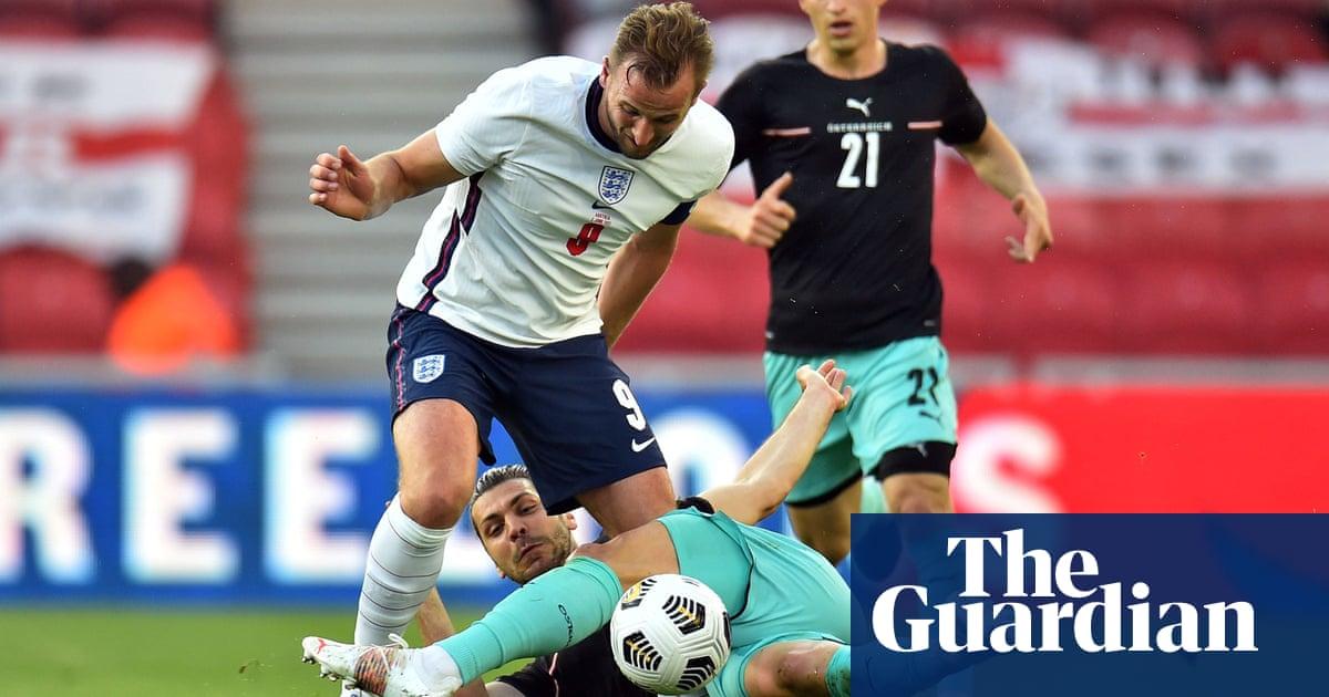 Das Team offer bruising, bothersome test on weird evening for England