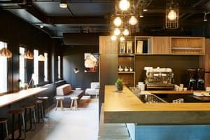 Good Hotel London - bar area 2