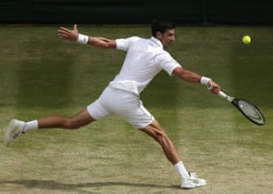 Novak Djokovic wins the third set 6-3.