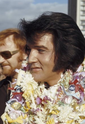 Presley arrives in Hawaii for his televised concert